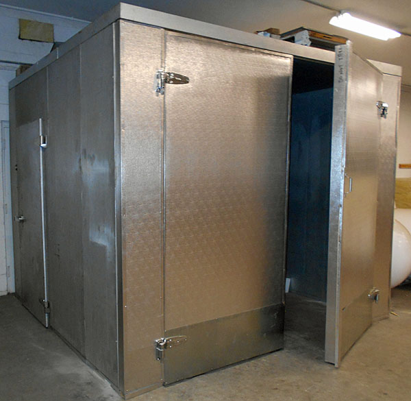 Refrigeration Industry / Refrigerated Walk-in Coolers Application